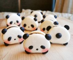 Just when you thought macarons couldn't get any cuter, somebody dialed it up to a 10 and made them panda-shaped. We're bringing you adorable animal-shaped sweets from Toronto-based baker Melly Eats World, who has attr.Panda Macarons & More Incredible Cute Desserts, Delicious Desserts, Dessert Recipes, Yummy Food, Tasty, Macaroons, Cake Cookies, Cupcake Cakes, Kid Cakes