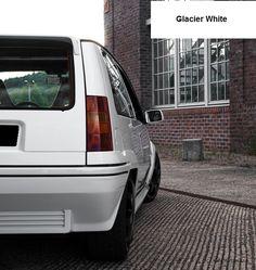 Renault 5 GT Turbo Phase 2 Glacier white