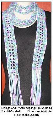 How To Crochet A Skinny Scarf - Free Easy Pattern For Beginners