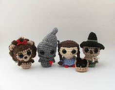 Skip down the yellow brick road, and into the magical land of Oz with these cute and friendly characters! This little group enjoys singing with their munchkin pals, napping in the flower fields, or taking rides on a hot air balloon. These four friends are perfect for just about anyone, for any occasion; create your very own amigurumi Oz characters with this fun pattern!