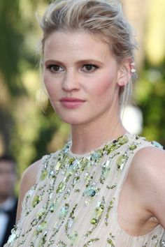 Lara Stone: http://www.stylemepretty.com/2016/05/18/award-winning-beauty-looks-from-the-cannes-film-festival/