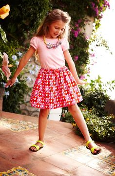 Cute skirt for little girls http://rstyle.me/n/mqzxvnyg6