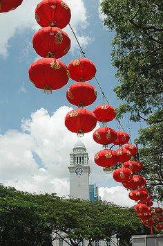 Singapore 2006 - New Year Street Ornaments by Starfires, via Flickr