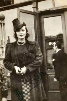 Marlene Dietrich, 1936 (very rare)