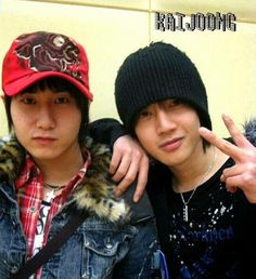 Hyunnie and Heo Young Saeng
