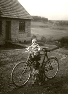 """howtoseewithoutacamera: by August Sander """"Forester's child,""""..."""
