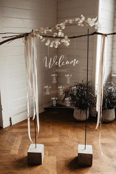 Wedding Decorations Panneau bienvenue moderne simple lunaria - Prepare for the dream-like state you're about to experience from this blush and silver winter wedding inspiration. Wedding Signage, Rustic Wedding, Reception Signs, Wedding Catering, Reception Ideas, Boho Wedding, Wedding Bride, Wedding Engagement, Silver Winter Wedding
