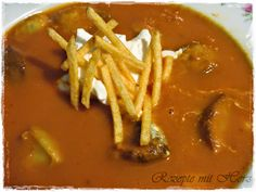 """Currywurstsuppe mit """"Pommes"""""""