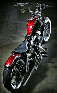 Harley Davidson Bobber Black harley davidson tattoos for guys.Harley Davidson V Rod White. Harley Davidson Dyna, Harley Davidson Poster, Harley Davidson Road King, Harley Davidson Motorcycles, Motos Harley, Harley Bobber, Bobber Motorcycle, Bobber Chopper, Cool Motorcycles