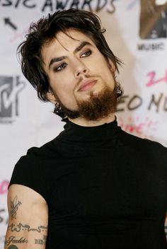 Dave Navarro's 12 Most Impressive Smoky Eye Looks. LOL!