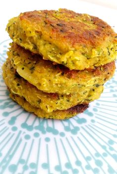 Vegetariska biffar- 11 olika recept - ZEINAS KITCHEN Healthy Breakfast Recipes, Vegetarian Recipes, Healthy Recipes, Healthy Food, Steaks, Good Food, Yummy Food, Zeina, Danish Food