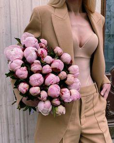 Peonies Season, Floral Wreath, Bouquet, Peony, Hair Styles, Flowers, Plants, Beauty Tricks, Hair Plait Styles