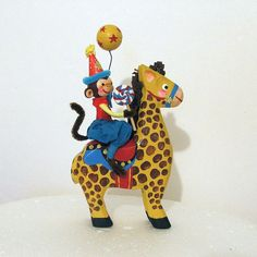 Monkey Riding Giraffe/Centerpiece/Circus by marileejanedesigns