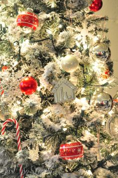 Just so lovely: How-to Flock an Artificial Christmas Tree