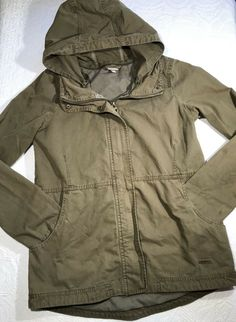 43447f89443 Bench Army Green Olive Military Jacket Womens Size Small Pockets Hood NWOT   fashion  clothing  shoes  accessories  womensclothing  coatsjacketsvests  (ebay ...