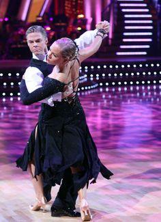 Jennie Garth & Derek Hough (DWTS 5) Tango week 3