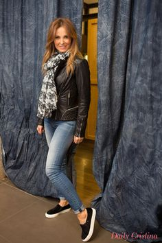 Cristina Ferreira, from Daily Cristina, with a more relaxed outfit! Isn't she lovely? #salsajeans #bloggers