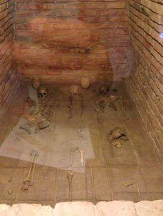 Asirian grave