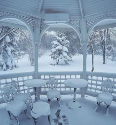coiour-my-world:Snow party aysesivilIstanbul Turkey . Winter Szenen, I Love Winter, Winter Magic, Winter Is Coming, Snow Party, I Love Snow, Winter's Tale, New Years Decorations, Snow And Ice