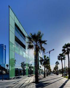Desigual Headquarters | Ricardo Bofill Taller de Arquitectura; Photo: Lluis Carbonell | Archinect