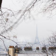 Eiffel Tower from Montmartre Romantic Paris, Beautiful Paris, Eiffel Tower Pictures, Paris Buildings, One Day In Paris, Best Vacation Destinations, Paris City, Paris Photos, Places To See