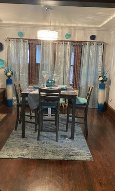 Dining Room Table Decor, Living Room Decor Cozy, Elegant Living Room, Room Decor Bedroom, Dream House Interior, Home Interior Design, First Apartment Decorating, Home Curtains, Living Room Pictures