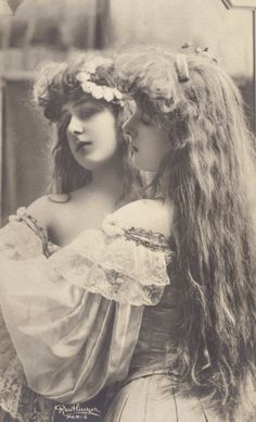 Beautiful French Actress Gabriele Robinne Mirror Image by Reutlinger circa 1900
