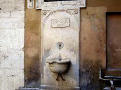 Fontana di Via della Posta Vecchia