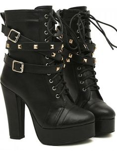 Buckles and Rivets Design Women's Chunky Heel Short Boots