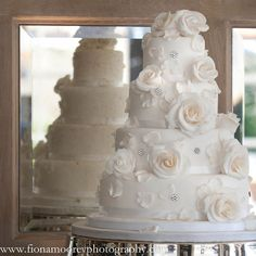| Wedding cakes Dorset, Bespoke Wedding Cakes Hampshire: Coast Cakes