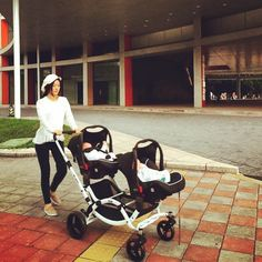 Loving this sweet shot of the award-winning @abcdesign_com Zoom Tandem in travel system mode  Thanks @fanfan  Share yours #obabyuk  #Obaby #abcdesign #thinkbaby #zoom #zoomtandem #tandem #twin #double #pushchair #stroller #pram #buggy #travelsystem #baby #babies #twins #siblings #family #parenting #mother #walk #outdoors #design #black #white