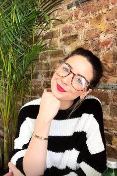 #zoella Zoella Makeup, Zoella Hair, Zoella Style, Instagram 2017, Zoe Sugg, Beautiful Person, Celebs, Celebrities, Everyday Outfits