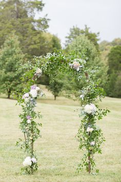 Pretty rustic floral arch: http://www.stylemepretty.com/tennessee-weddings/nashville/2016/01/14/rustic-elegant-fall-wedding-at-cedarwood/ | Photography: Kelsey Combe - http://kelseycombe.com/#!/HOME