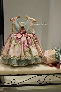 BOUTIQUE LUNA : LA MARQUESITA REAL VERANO 2015 Little Girl Dresses, Girls Dresses, Flower Girl Dresses, Doll Clothes Patterns, Girl Doll Clothes, Toddler Fashion, Kids Fashion, Doll Wardrobe, Handmade Clothes