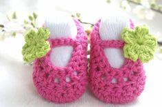 Beautiful Crochet Baby Shoes