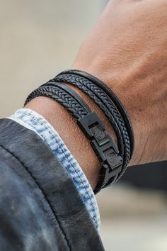 This all black leather and stainless steel bracelet will add some punch to your wardrobe! The soft retro-style cords blend into the tough, hard-wearing stainless steel double lock. Braids are super fibre, all other strands are genuine leather. The clasp can be conveniently shortened to adjust to your wrist size. A perfect choice to wear every day! Retro Fashion, Mens Fashion, Double Lock, Stainless Steel Bracelet, Strands, Retro Style, Casual Wear, All Black, Punch