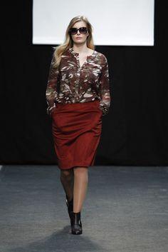 Adolfo Domínguez + F/W 15   WordPress Curvy Outfits, Plus Size Fashion, Madrid, Sequin Skirt, Street Style, Woman Fashion, Chic, My Style, Lady