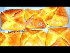 YouTube Jacque Pepin, Romanian Food, Spanakopita, Cheesecakes, Hot Dog Buns, Biscotti, I Foods, Graham, Food And Drink