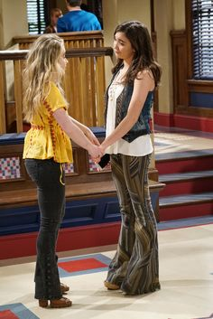 "#GirlMeetsWorld 3x03 ""Girl Meets Jexica"" - Maya and Riley"