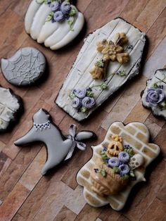 Vintage Coffin, Cat & Pumpkin Halloween Cookies