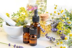 Clinical aromatherapy combines the therapeutic properties of essential oils individua Beauty Blender Video, Beauty Hacks Video, Smoky Eyes, Salon Interior Design, Pumpkin Spice Cupcakes, Holiday Cocktails, Aromatherapy, Clinic, Essential Oils