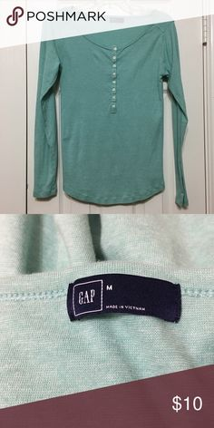 GAP T-shirt Long sleeve tshirt in great condition. Any questions please ask. GAP Tops