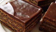 Μια συνταγή για ένα λαχταριστό σοκολατένιο γλυκό με μπισκόταμε γεύση σοκολάτας και νουτέλα. Ένα γλυκό που θα αγαπήσουν μικροί και μεγάλοι λάτρεις της σοκολάτας.  Υλικά συνταγής  2/3 φλιτζάνι γάλα πλήρες  1 φλιτζάνι κρέμα γάλακτος  1/2 φλιτζάνι κρυσταλλική ζάχαρη  4 κρόκοι