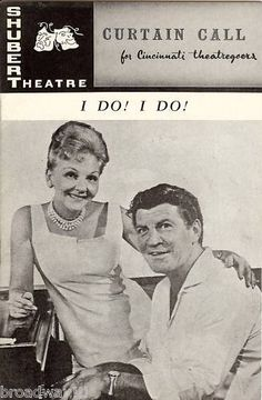 """This is a rare November 9th, 1966 playbill from the Pre-Broadway tryout of the TOM JONES and HARVEY SCHMIDT musical hit """"I DO! I DO!"""" at the Shubert Theatre in Cincinnati, Ohio. (The production would open December 5th, 1966 at the 46th Street Theatre in New York City and run for 560 performances.) ..... The musical starred Broadway veterans MARY MARTIN and ROBERT PRESTON (whose performance was awarded the 1967 Tony Award for """"Best Actor in a Musical"""")"""