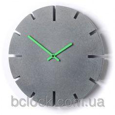 Круглые настенные часы из бетона. Bclock.com.ua