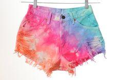 Tie Dye Shorts! I'm definitely doing that this summer!