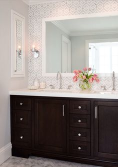 Complicated but simple...ahhhh:-) http://houzz.com/photos/13968974