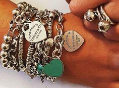 . Tiffany Charm Bracelets, Tiffany And Co Jewelry, Pandora Bracelets, Pandora Jewelry, Silver Bracelets, Silver Jewelry, Bangles, Azul Tiffany, Tiffany Blue