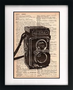 Items similar to vintage camera print - camera art print - vintage dictionary print - recycled book page - upcycled vintage rolleiflex camera on Etsy Diy Crafts Vintage, Upcycled Vintage, Diy Wall Art, Diy Art, Camera Art, Camera Decor, Retro Phone, Book Page Art, Vintage Cameras
