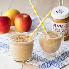 Apple Peanut Butter Smoothie - Turn an all-time favorite snack into a grab 'n go breakfast smoothie